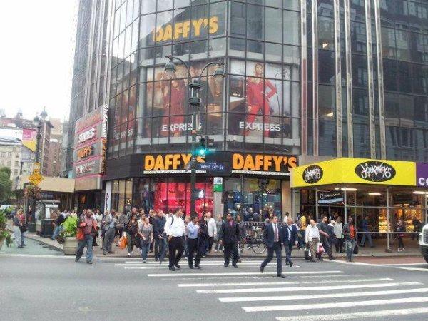 Daffy's <3
