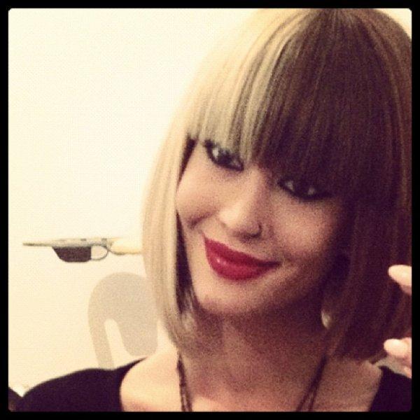 OMG she is so f*ckin' beautiful <3 !!