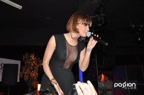 Dafina Koncert ne Zvicer ne PassionClub !! Ketu Jan Vetem Disa Foto Nga Koncerti Nuk I kam shtij te gjitha !! <3