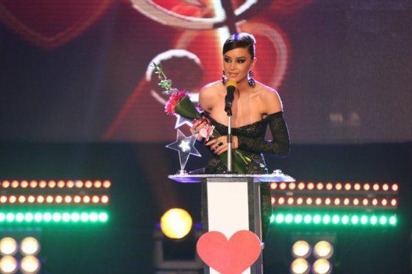 Dafina Zeqiri 6 Nominime ne Video Fest Muzikor 2012 !!