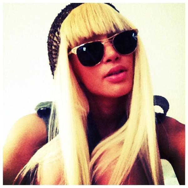 Blondie !
