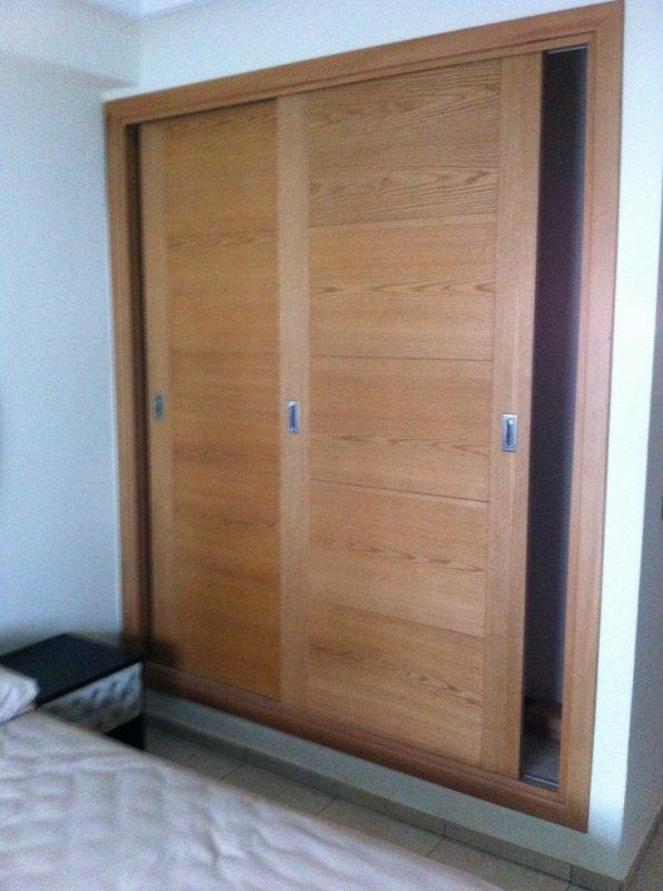 placards coulissant en bois massif ch ne 06 38 38 60 64. Black Bedroom Furniture Sets. Home Design Ideas