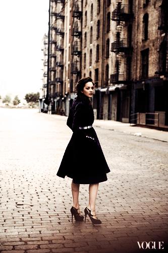 ●●Marion dans le Vogue US de Juillet.