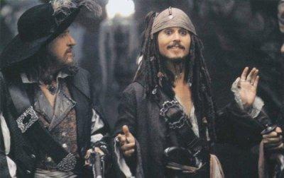Jack Sparrow en action au tribunal de la confrerie !