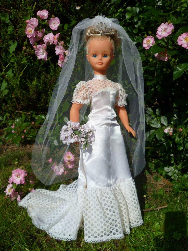 Cathie Tenue de Mariée 1974