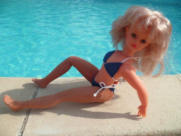 Cathie tenue Mimizan 1980