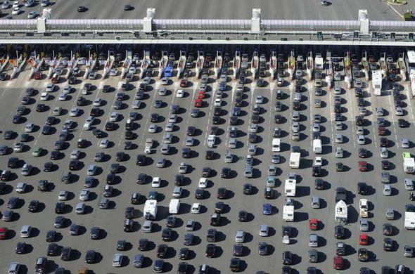 Autoroutes: Hausse de 2,5% pour les péages