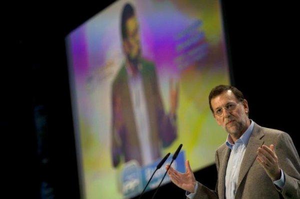 """Espagne: 5,4 millions de chômeurs, un chiffre """"astronomique"""" selon le Premier ministre"""