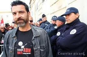 Xavier Mathieu, militant CGT condamné à 1200 euros pour refus de prélèvement d'ADN