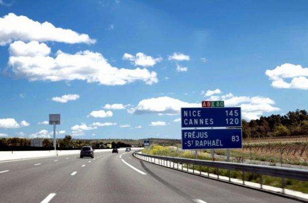 Les autoroutes rattrapées par la crise