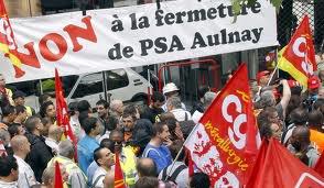 PSA espère apaiser le site d'Aulnay en transférant des salariés