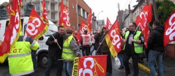 Vote de la loi sur l'emploi : quatre syndicats dans la rue aujourd'hui