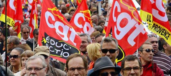Marseille: François Hollande accueilli par des salariés en colère