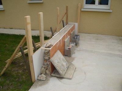 muret terrasse 1 re partie notre maison nos travaux. Black Bedroom Furniture Sets. Home Design Ideas