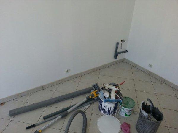 finalisation carrelage buanderie notre maison nos travaux. Black Bedroom Furniture Sets. Home Design Ideas