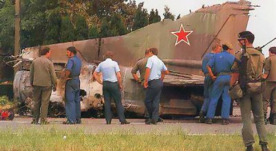 06-07-1989 - Accident Grave Avion - Mig23 - sans pilote - deux F15 - Belgique - entre Courtrai - Tournai à 8510 Bellegem.