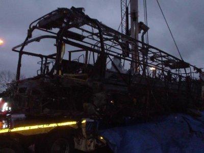 20-12-2003 - Belgique - Bossart Boutique à Hensies Pommeroeul E19 - Accident grave d'un autocar Allemand en Belgique - Le procès se tiendra à Mons (info 20-04-2012).