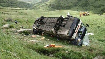20-06-2010 - France - Pyrénées-Orientales - Accident Grave d'un autocar de la société Teissier (Carcassonne) à Perpignan ( Aude ) - Col de Puymorens - RN320 près d' Andorre - 2 morts.