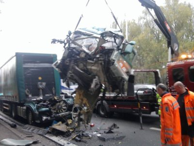 Belgique Verviers - assistance autocars Bayards et dépannages sur routes - PL - accident bus du TEC.