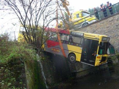 Belgique  Vielsalm  Dépannage CHOFFRAY - PL -  Autocars - Ateliers constructions dépanneuses