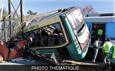 07-10-2011 - Indonésie - Java - Grave accident d'un autocar - Plusieurs Belges dans ce car. 07/10/2011