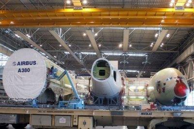 20-01-2012 - A380 - Avions - Fissures sur A380 - Vérification recommandée par l'autorité Européenne - Inspection des Avions A380 - et Boeing 787.
