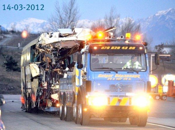 13-03-2012 - Suisse - Une douzaine de drames - Accidents d'autocars en Suisse depuis trente ans.