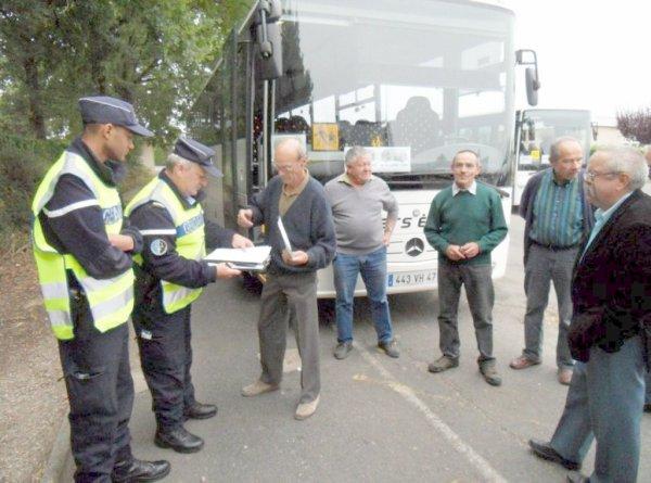 30-03-2012 - Autocars - Ceintures de Sécurité - Transport en Scolaire - Contrôle des véhicules et des chauffeurs -