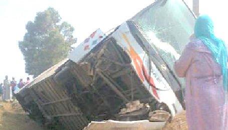 10-07-2012 - Maroc - Accident d'autocar près d'Essaouira: 17 morts dont deux ressortissantes étrangères (nouveau bilan)