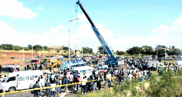 07-05-2013 - Statistiques Accidents - Sécurité - Autocars contrôlés en Belgique - France - Pays-Bas - Espagne - Maroc - 17 autocars ( non-conforme ) bloqués sur place - Les autobus de la CNT impliqués dans 45 accidents fatals depuis l'an 2000