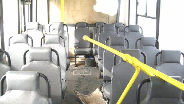 14-05-2013 - Russie - Dix personnes ont été tuées lors d'une collision d'un minibus roulant en Contre sens sur la route - Un autre accident de Bus ou 6 enfants sont décédés.