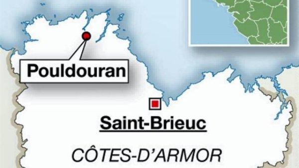 07-06-2012 - France - CÔTES-D'ARMOR - Accident de car scolaire sur le chemin de la cantine : onze enfants hospitalisés