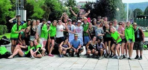 27-07-2012 - France - Belgique - Soignies - Un autocar Belge transportant des jeunes scouts de Soignies a été victime d'un accident. Il a été percuté par une voiture à Bayonne.