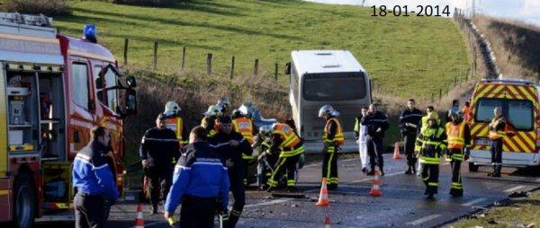 18-01-2014 - Nancy -   Lay-Saint-Christophe - Accident mortel entre un autocar et une voiture, un jeune conducteur (19ans) est décédé.