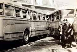 05-05-1962 -Les deux bus de la même firme se sont encastrés. Un enterrement collectif a eu lieu à Wervicq, le samedi 5 mai 1962.