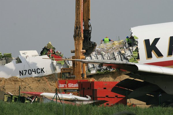 25-05-2008 - Belgique - crash avion - Kalitta Air - Boeing 747-209F Aéroport de Bruxelles, Belgium