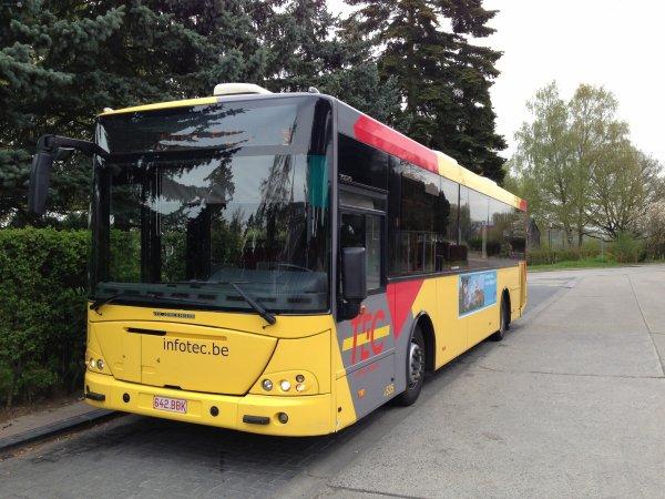 22-04-2014 - Martelange:- Un bus du TEC roule sur la jambe de Jérémy (12ans) - Une plainte contre le TEC et le chauffeur du Bus qui l'a percuté et roulé sur sa jambe est déposée. L'adolescent a été transporté à l'hôpital.