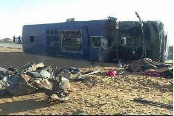29-09-2014 - Soudan - Ouganda - Accident autocar contre un camion - Au moins 56 morts dans un accident de la route au Soudan du Sud