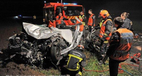 29-10-2014 - Rubelles (77) - Une voiture est entrée en collision avec un car sur la RD471: bilan, 1 mort
