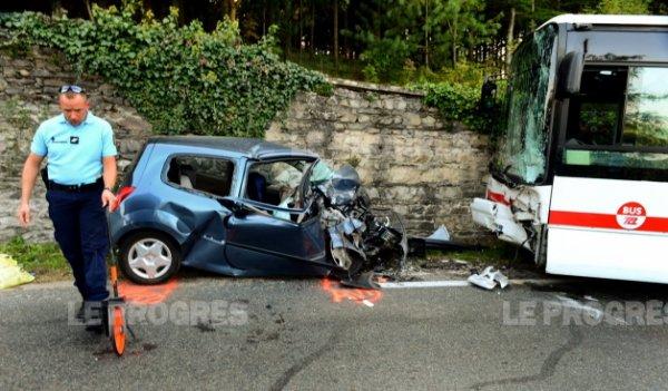 27-09-2014 - Rhône - Vernaison - Une septuagénaire tuée dans un accident avec un bus des TCL