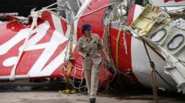 30-12-2014 - Le 15 décembre, un inconnu chinois a averti de la disparition du vol AirAsia QZ8501