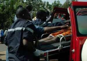 08-01-2015 - Fatick - Un autocar de chez ''Ndiaga Ndiaye'' dérape et fait 53 blessés dont 17 blessés graves sur la route de Foundioune à Dakar.