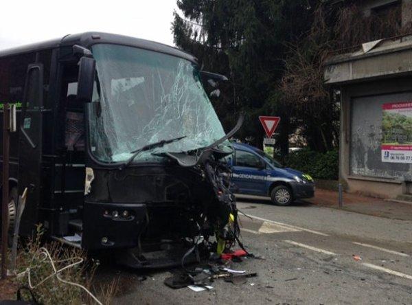 17-12-2014 - Isère - Une piétonne meurt dans un accident de la route à Saint-Martin-d'Uriage