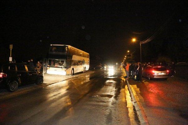 28-03-2015 - Fleurus - Belgique - Un jeune étudiant se dirigeait vers l'autocar dans lequel allaient embarquer plusieurs élèves pour un voyage scolaire a été grièvement blessé, suite à un double délit …