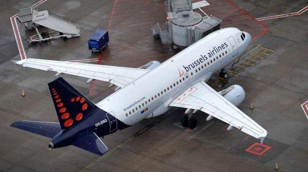 27-07-2015 - Frayeur dans les airs: Le vol SN3737 effectuant la liaison Bruxelles-Malaga a dû se poser en urgence à Toulouse, dans le sud de la France, un avion Brussels Airlines victime d'un problème de moteur