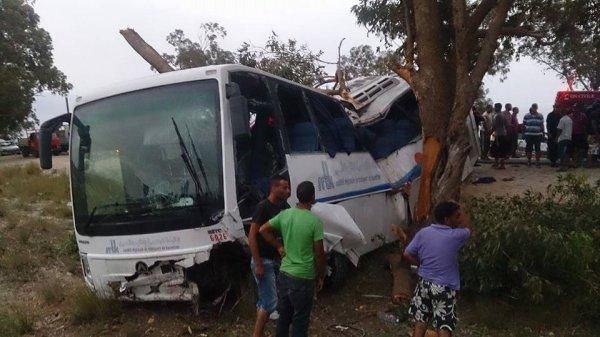 29-08-2015 - Tunisie - Kasserine - Accident autocar - Sortie de la route : 21 blessés dont 3 grièvement