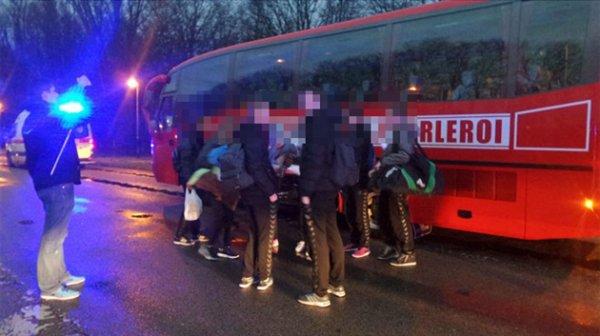 04-02-2017 - Heppignies - Fleurus - Accident mortel sur la E42 à Heppignies: un autocar et une voiture entrent en collision