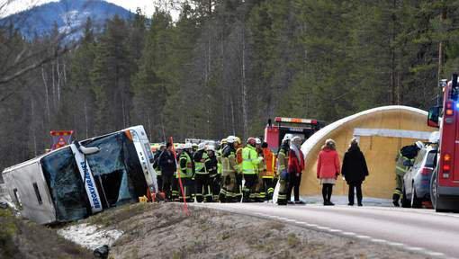 02-04-2017 - Suède -  Sveg - Harjedalen - Accident autocar -  Bergkvarabuss - Trois morts dans l'accident d'un autocar double étage de transport scolaire en Suède -