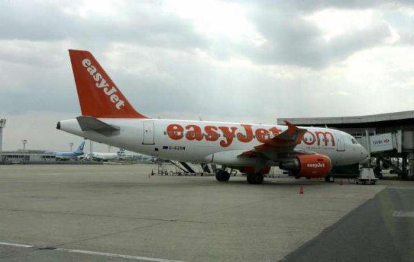 04-08-2017 - Aviation - easyJet -  Le pilote de la Compagnie EasyJet avait pris de l'ecstasy la veille d'un vol 5/24