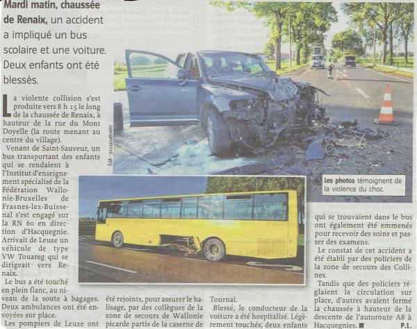 19-09-2017 - Saint-Sauveur - Frasnes-lez-Anvaing - Un très spectaculaire accident s'est produit, ce matin à Saint-Sauveur, à proximité de l'athénée sur la RN 60 mettant en cause une voiture et un bus scolaire.